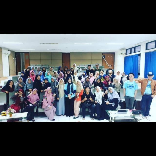 Tingkatkan Kemampuan Bahasa Inggris Mahasiswa, Laboratorium Biologi gelar English Camp